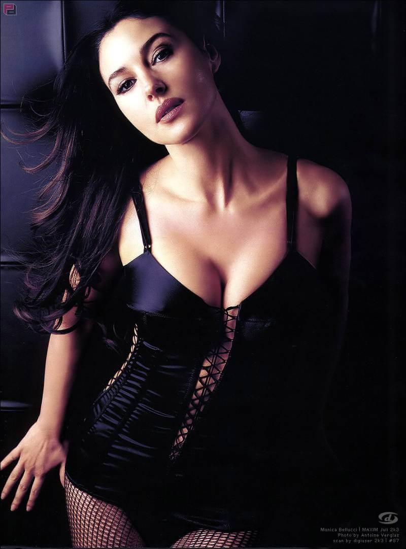 Hot-Italian-Actress-Monica-Belluci-HQ-Picture