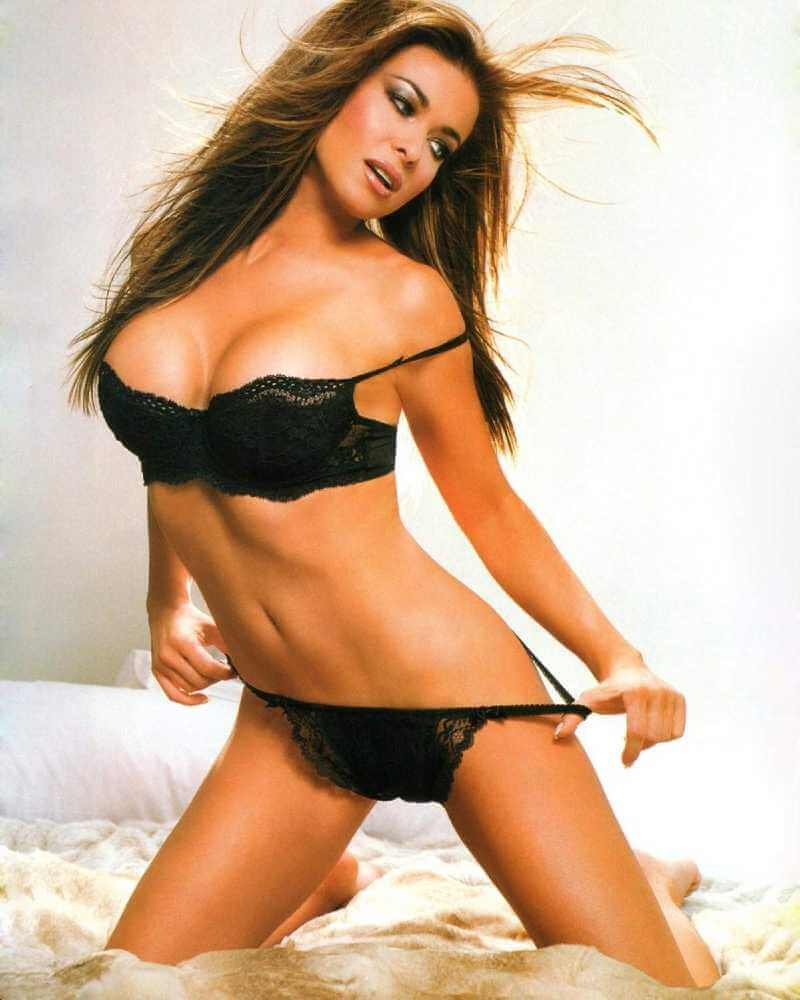Hot-Pictures-of-Carmen-Electra-in-bikini-lingerie