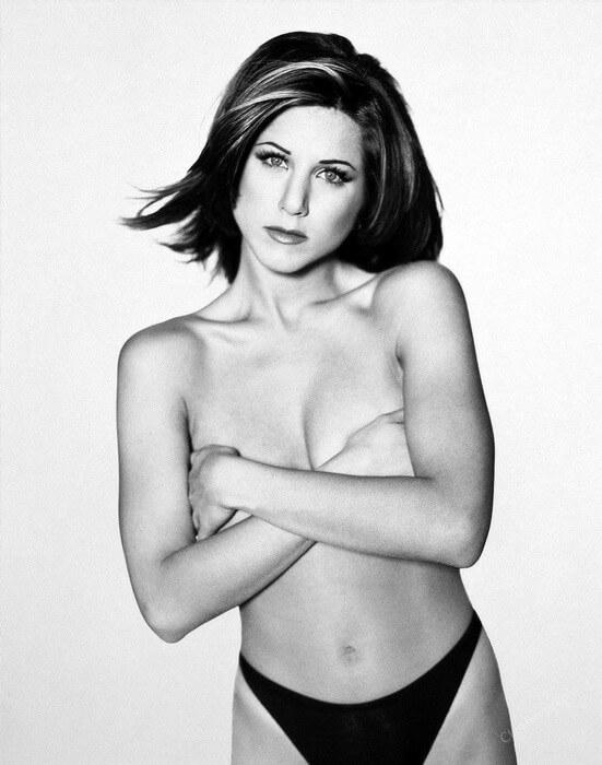 Jennifer-Aniston-Near-Nude-stills