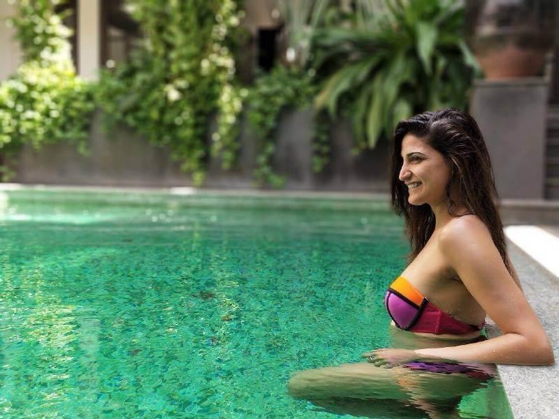 actress-aahana-kumra-latest-hot-photoshoot-stills-bikini