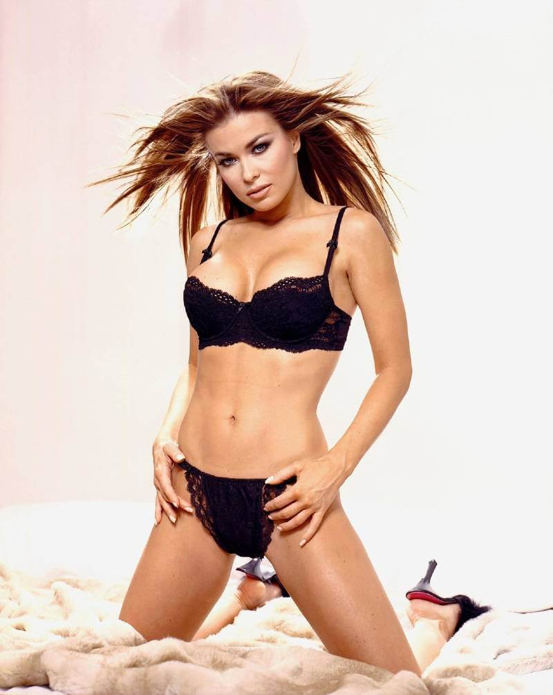 full-carmen-electra-flaunt-hot-bikini-body
