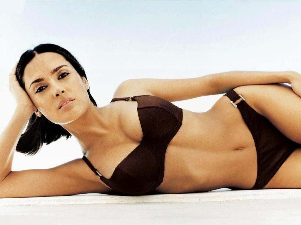 hollywood-actress-salma-hayek-sexy-bikini-pictures