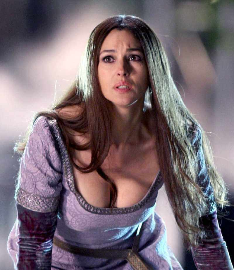 monica-bellucci-boobs-pictures