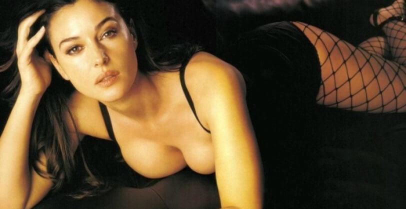 monica-bellucci-hot-cleavage-photos