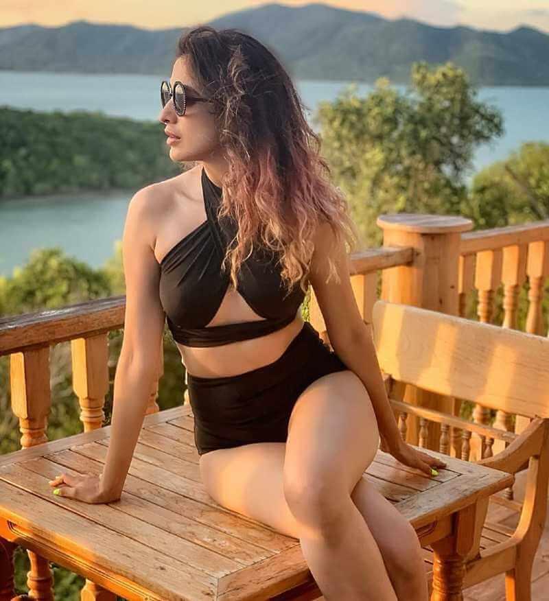 raai-laxmi-in-bikini