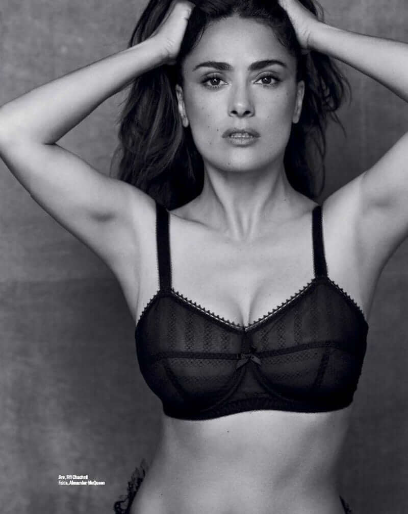 salma-hayek-bra-pics-leave-your-mouth-filled-with-water