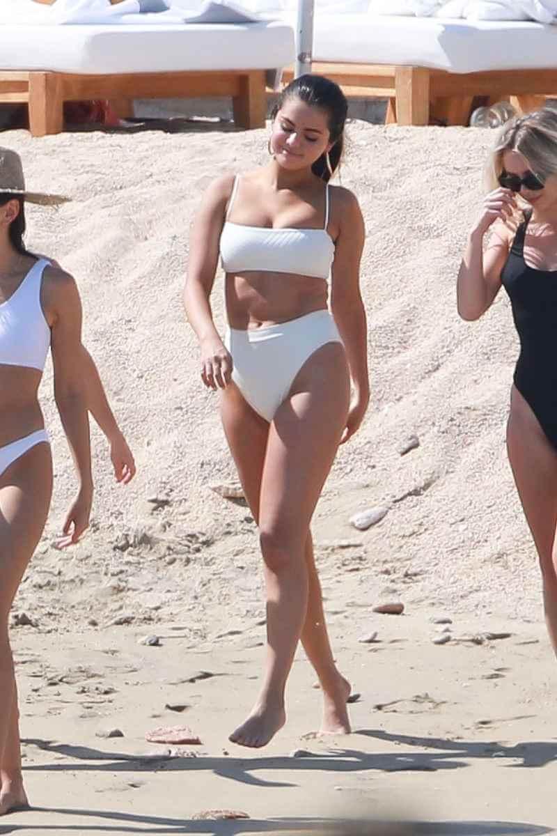 selena-gomez-in-bikini-on-the-beach-in-cabo-san-lucas