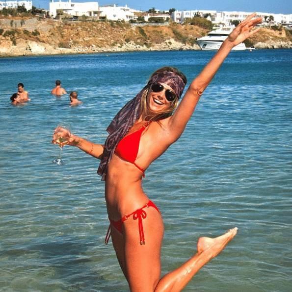 stacy-kiebler-funtime-red-bikini-at-beach