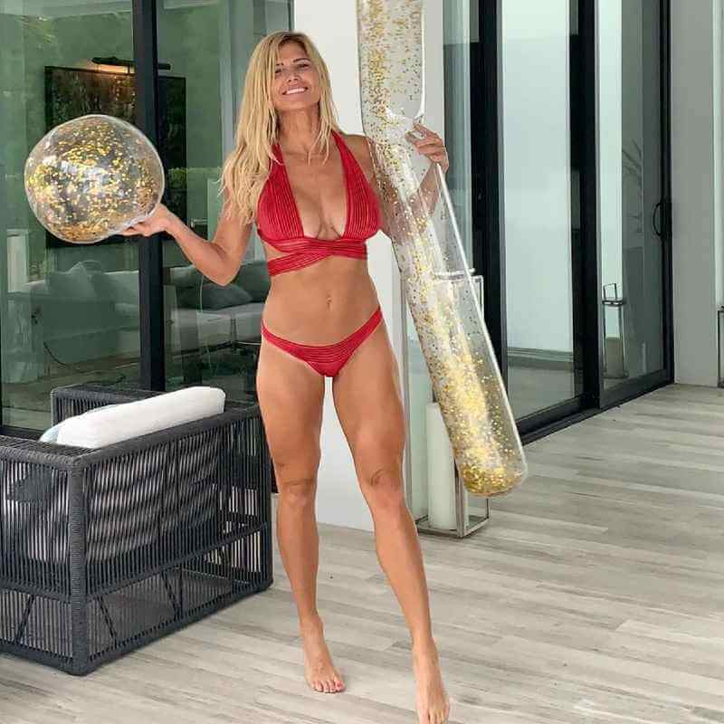 torrie-wilson-in-bikini-on-her-44th-birthday-instagram-picture