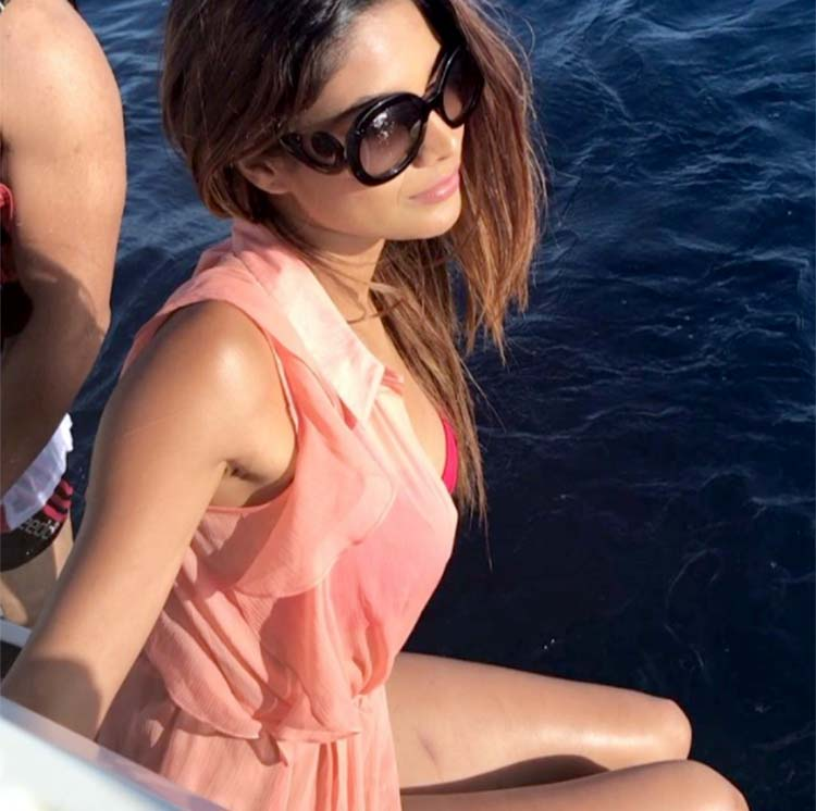 Lopamudra-Raut-in-bikini-is-the-hot-shot-of-Khatron-Ke-Khiladi-8