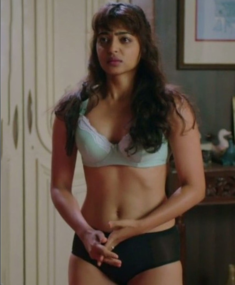 Radhika-Apte-bikini-scene-with-Varun-Dhawan-in-Badlapur-2015