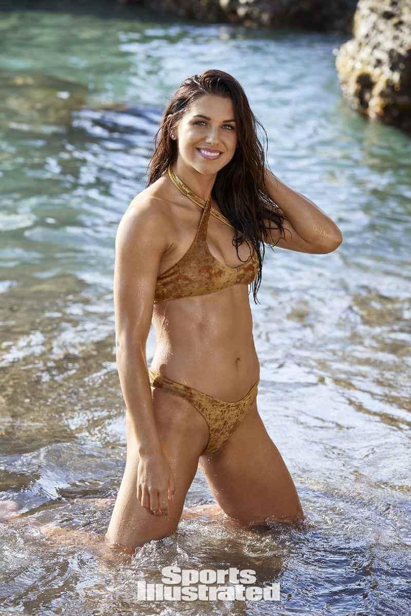alex-morgan-in-bikini-shows-off-her-curvy-body
