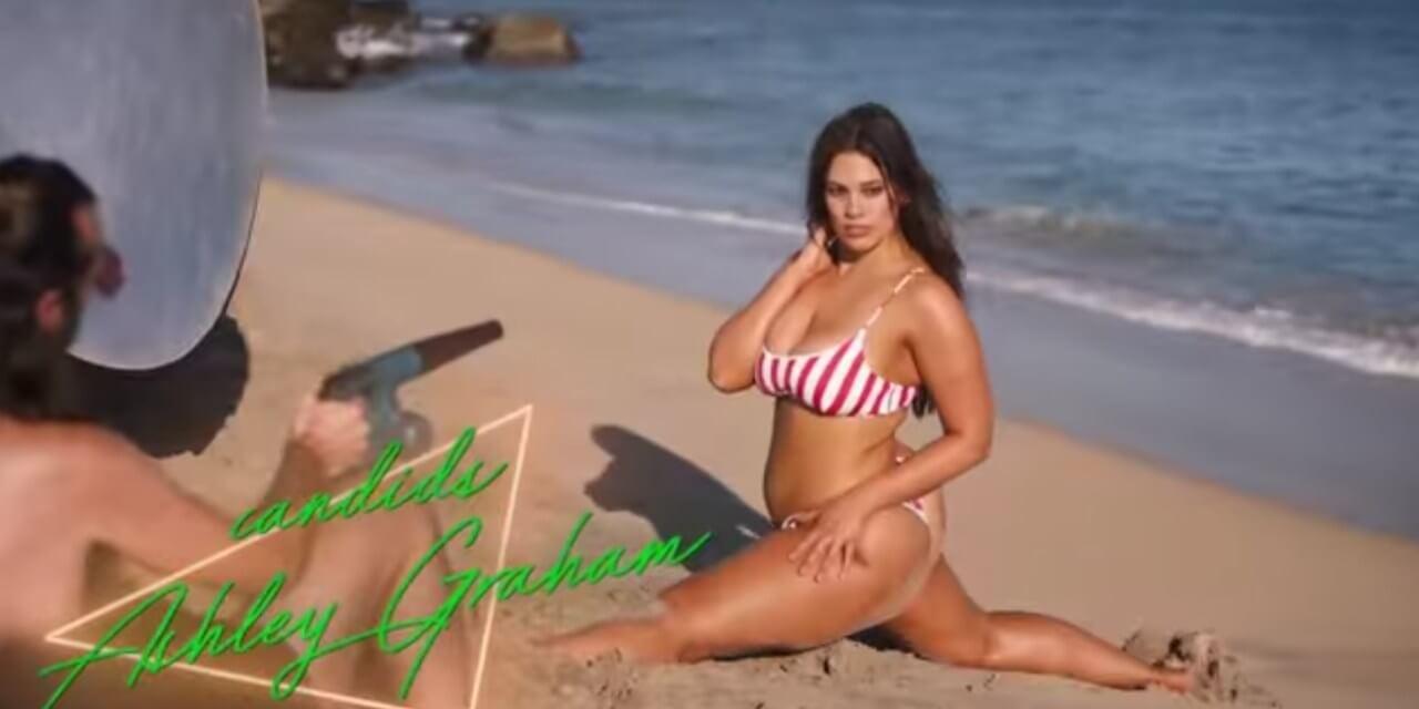 ashley-graham-showing-split-pose-in-bikini-on-beach
