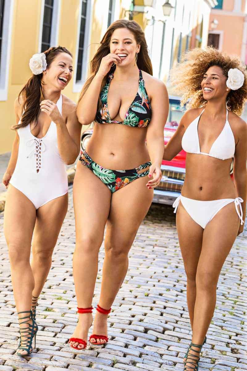 ashley-graham-sizzling-body-in-printed-bikini