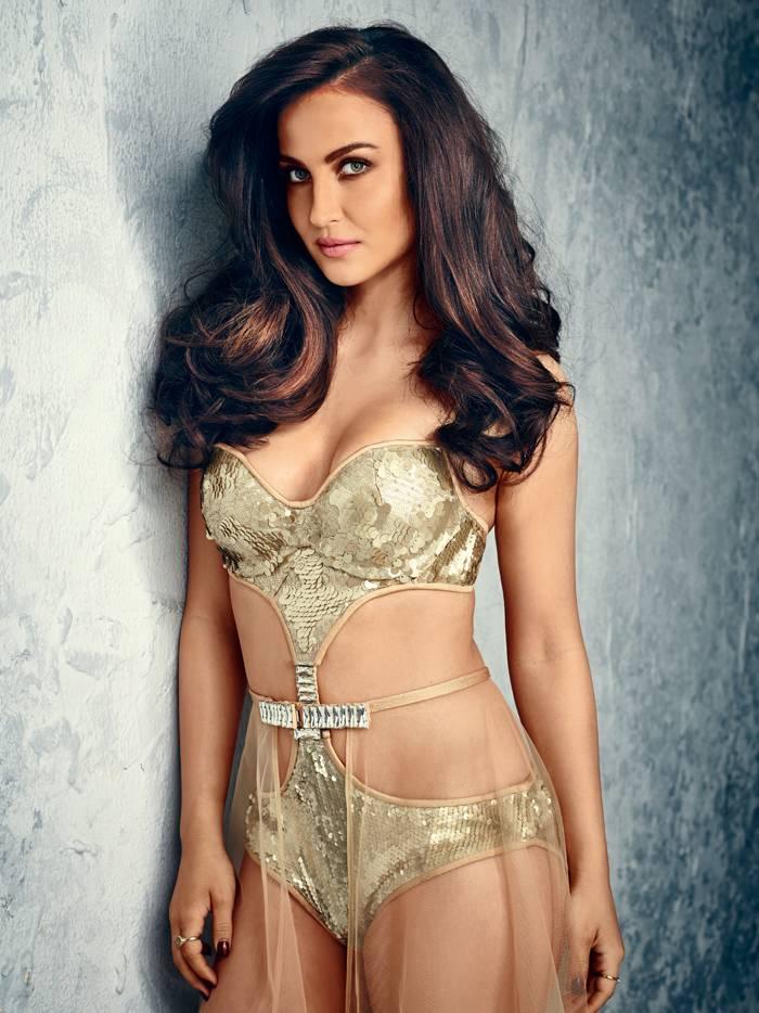 bollywood-actress-elli-avram-bikini-pictures