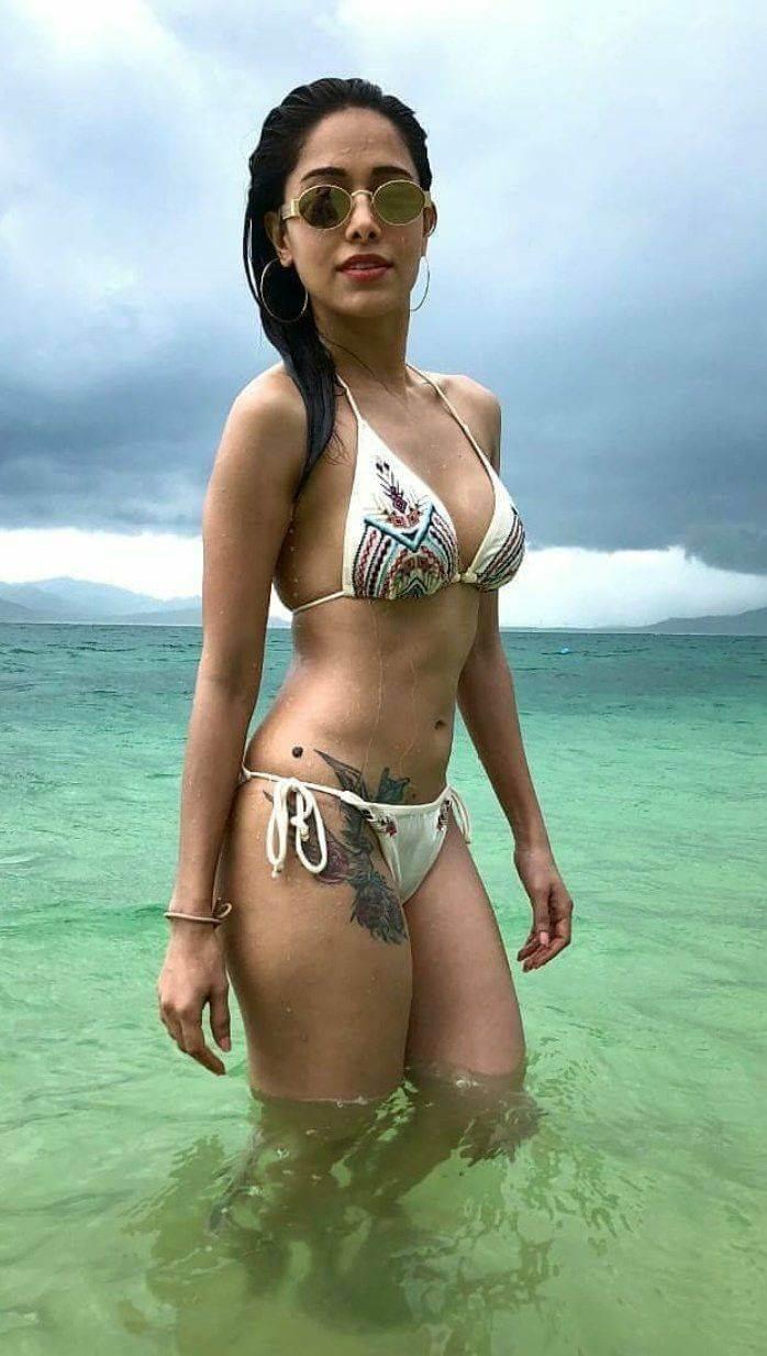 bollywood-actress-nushrat-bharucha-bikini-images