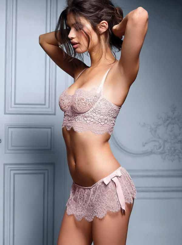 hot-sara-sampaio-pink-lace-see-through-lingerie