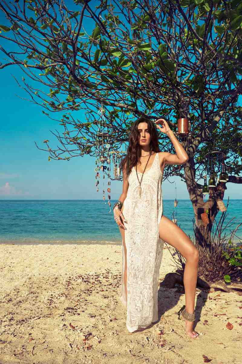 hottest-actress-katrina-kaif-bikini-photoshoot-for-vogue-india
