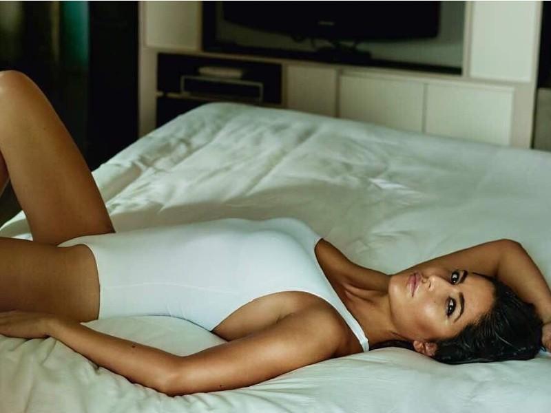 hot-katrina-kaif-bikini-images-lying-on-bed
