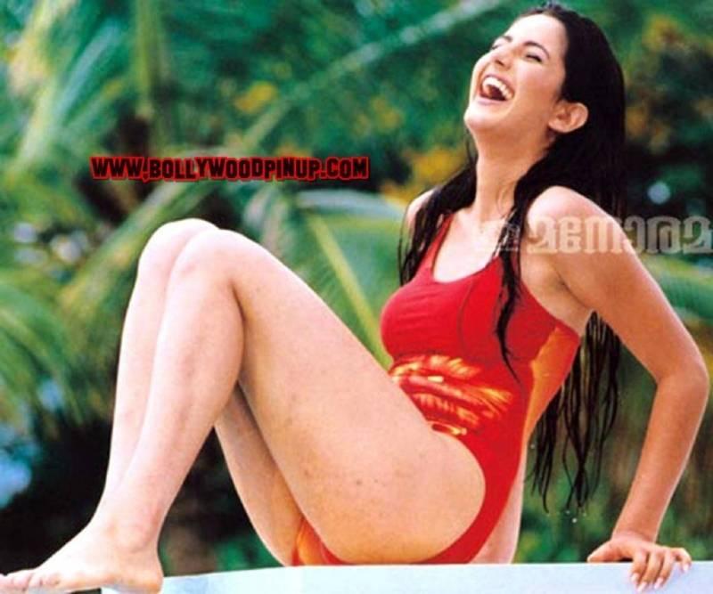 katrina-kaif-in-red-bikini-shows-off-her-toned-ass-on-pool-side