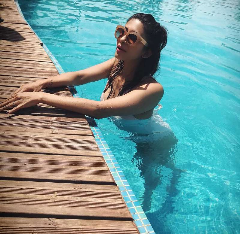 kishwar-merchant-bikini-body-photos