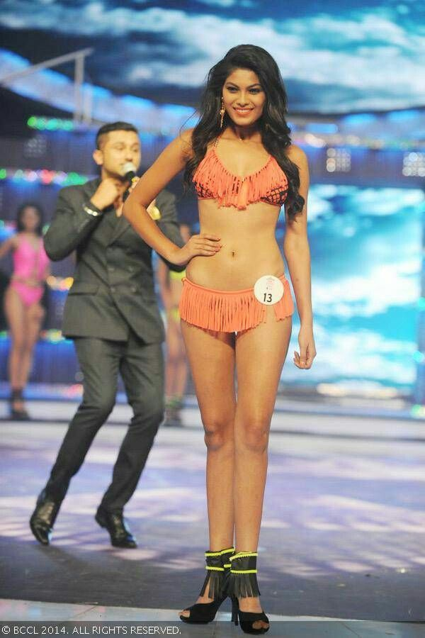 lopamudra-raut-in-bikini-walking-on-ramp