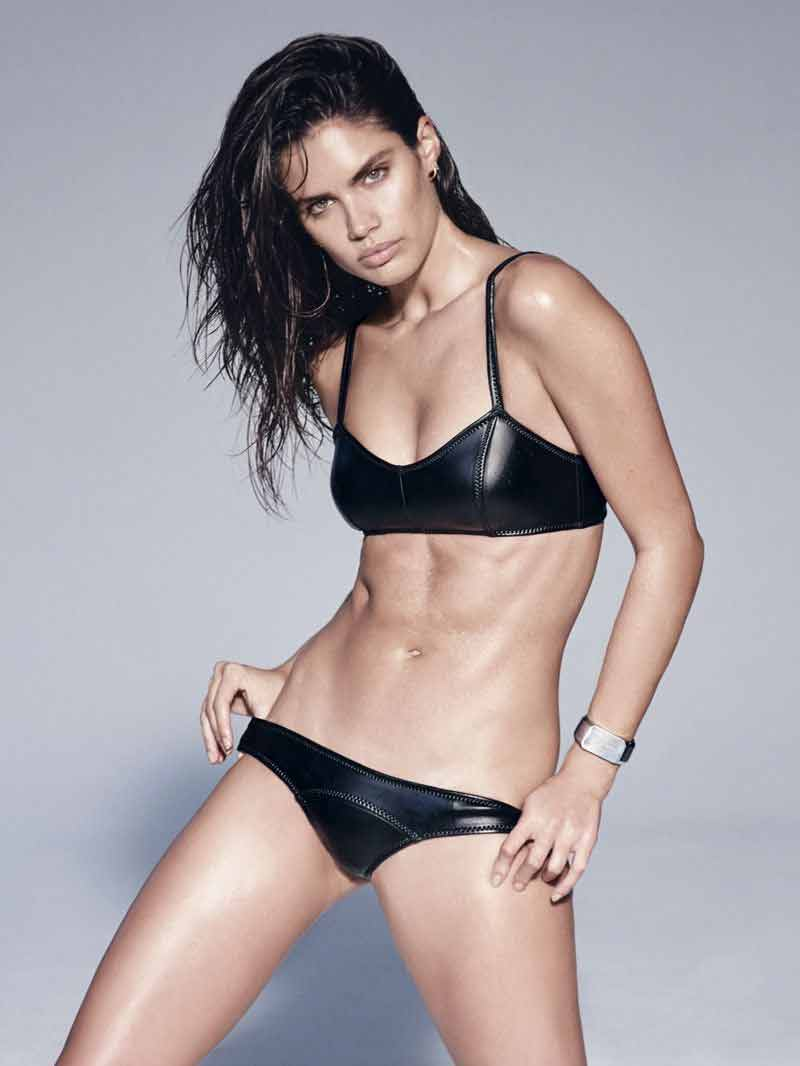 sara-sampaio-bikini-photos-pushing-her-panty