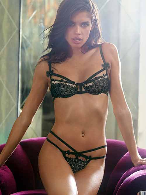 sara-sampaio-wearing-transparent-lingerie-sizzling-figure
