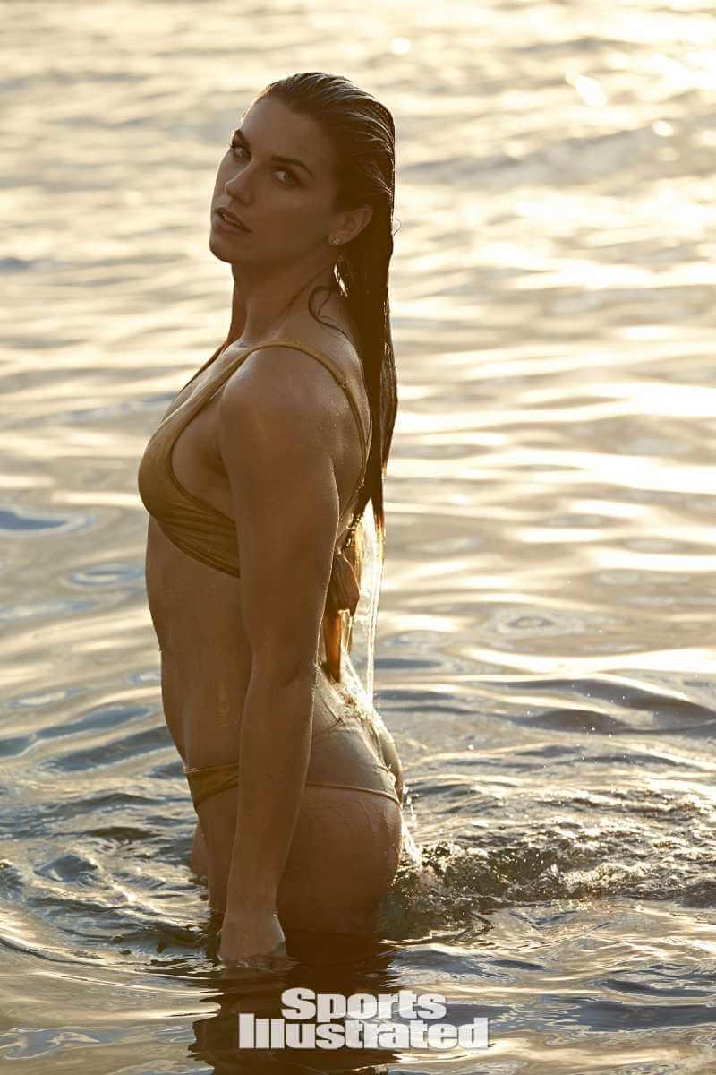 sports-illustrated-photos-of-alex-morgan-in-bikini-swimsuit