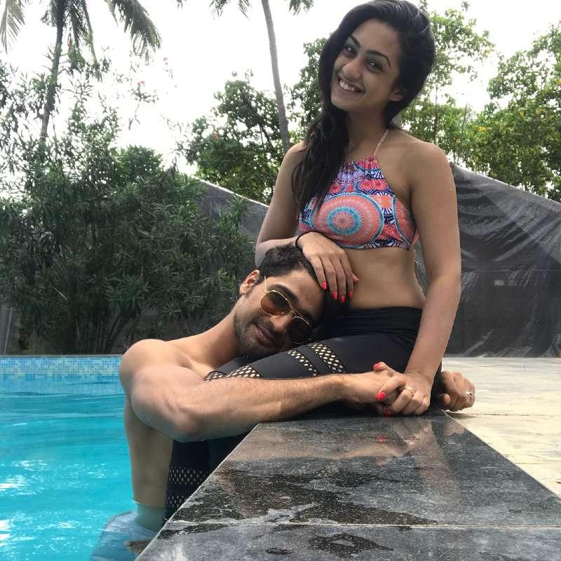 young-tv-actress-abigail-pande-in-bikini-having-fun-with-boyfriend-in-pool