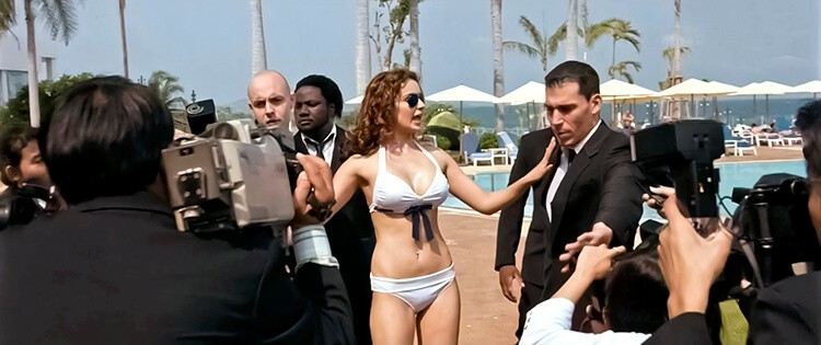 actress-kangana-ranaut-in-hot-white-bikini