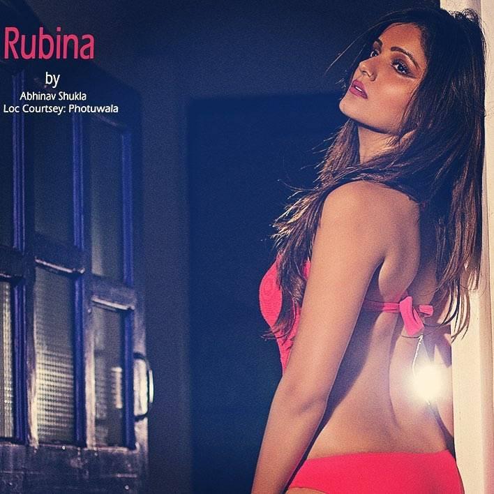 hot-rubina-dilaik-bikini-pictures