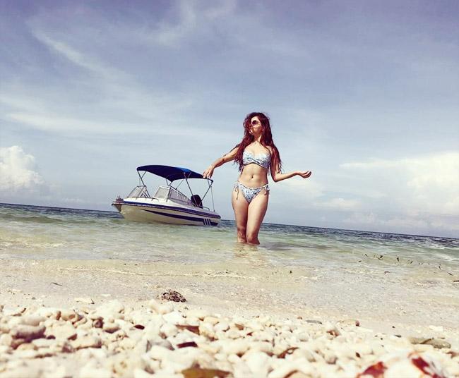 hot-tv-actressrubina-dilaik-slaying-the-bikini-look