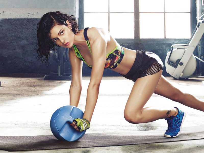 kangana-ranaut-bikini-outfit-while-working-out