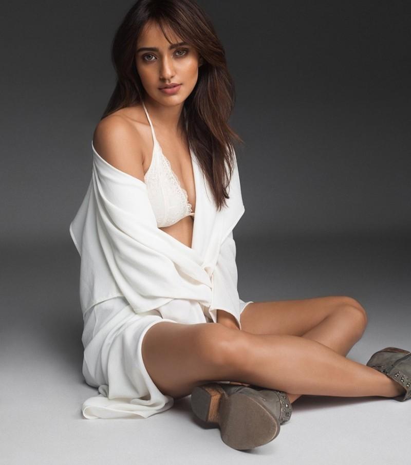 neha-sharma-bikini-photoshoot-show-off-her-hot-legs