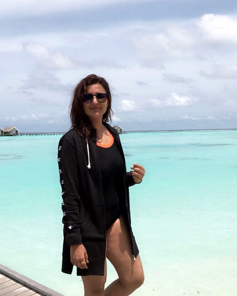 parineeti-chopra-in-monokini-bikini