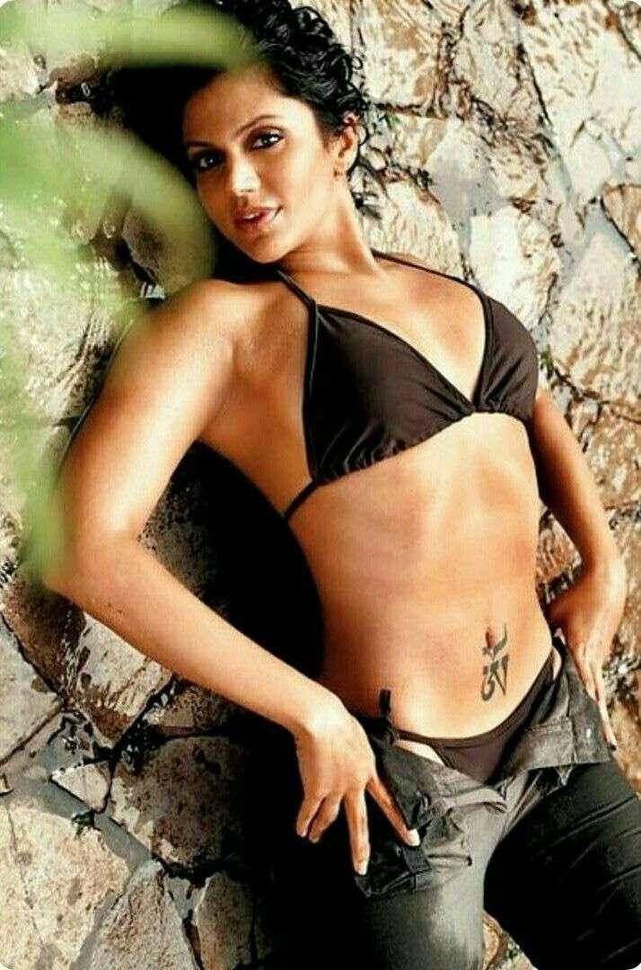 bollywood-actress-mandira-bedi-bikini-photoshoot