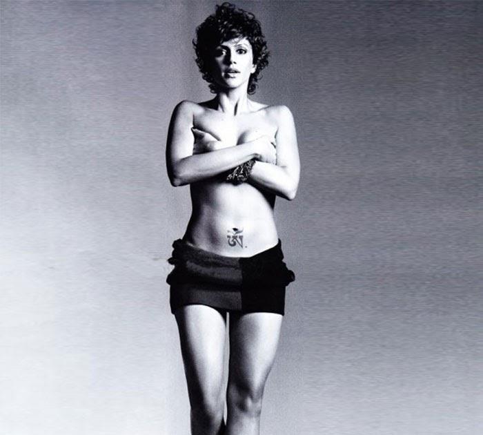 indian-actress-mandira-bedi-topless-semi-nude-pictures