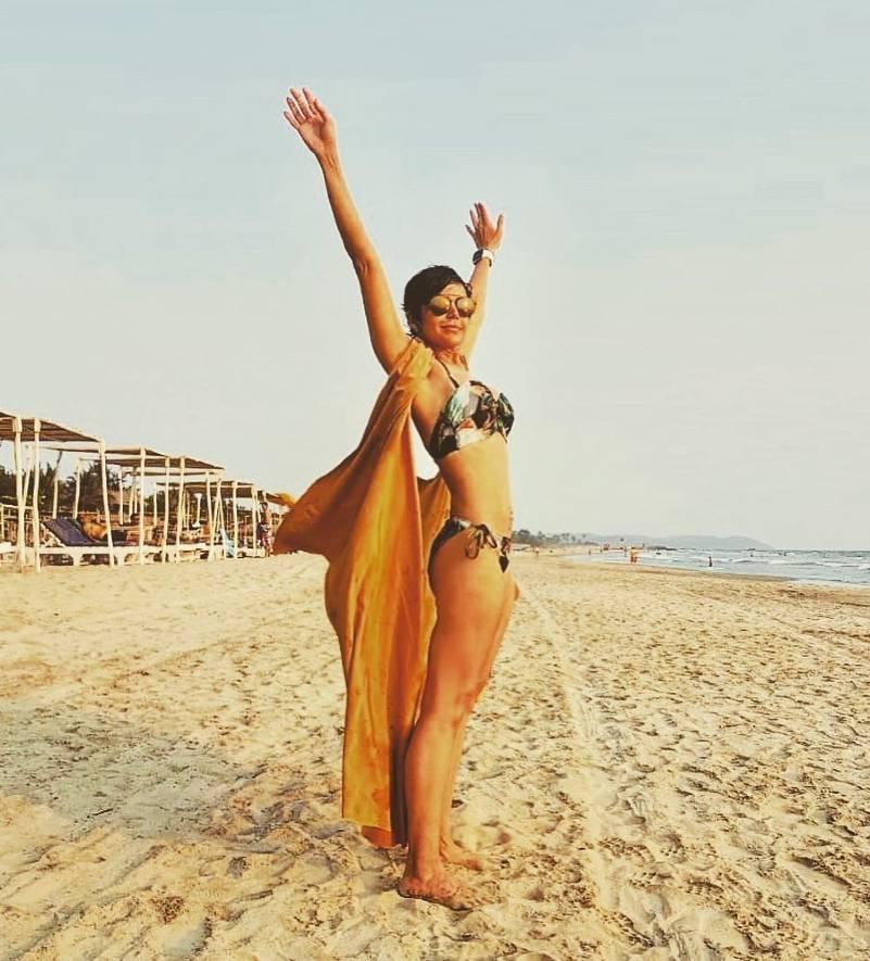 mandira-bedi-bikini-stills-at-beach