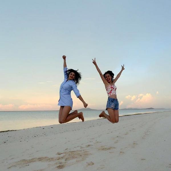 pooja-batra-bikini-photos-enjoys-her-philippines-vacation
