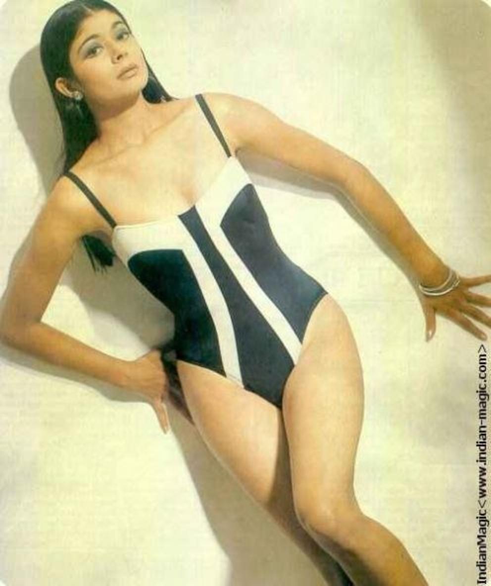 pooja-batra-monokini-bikini-photos-raising-the-heat