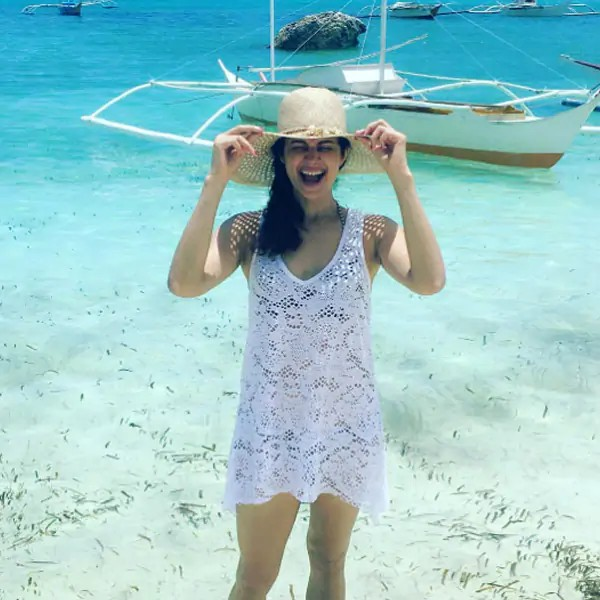 pooja-batra-with-yachts-in-philippines-wearing-bikini-with-transparent-top