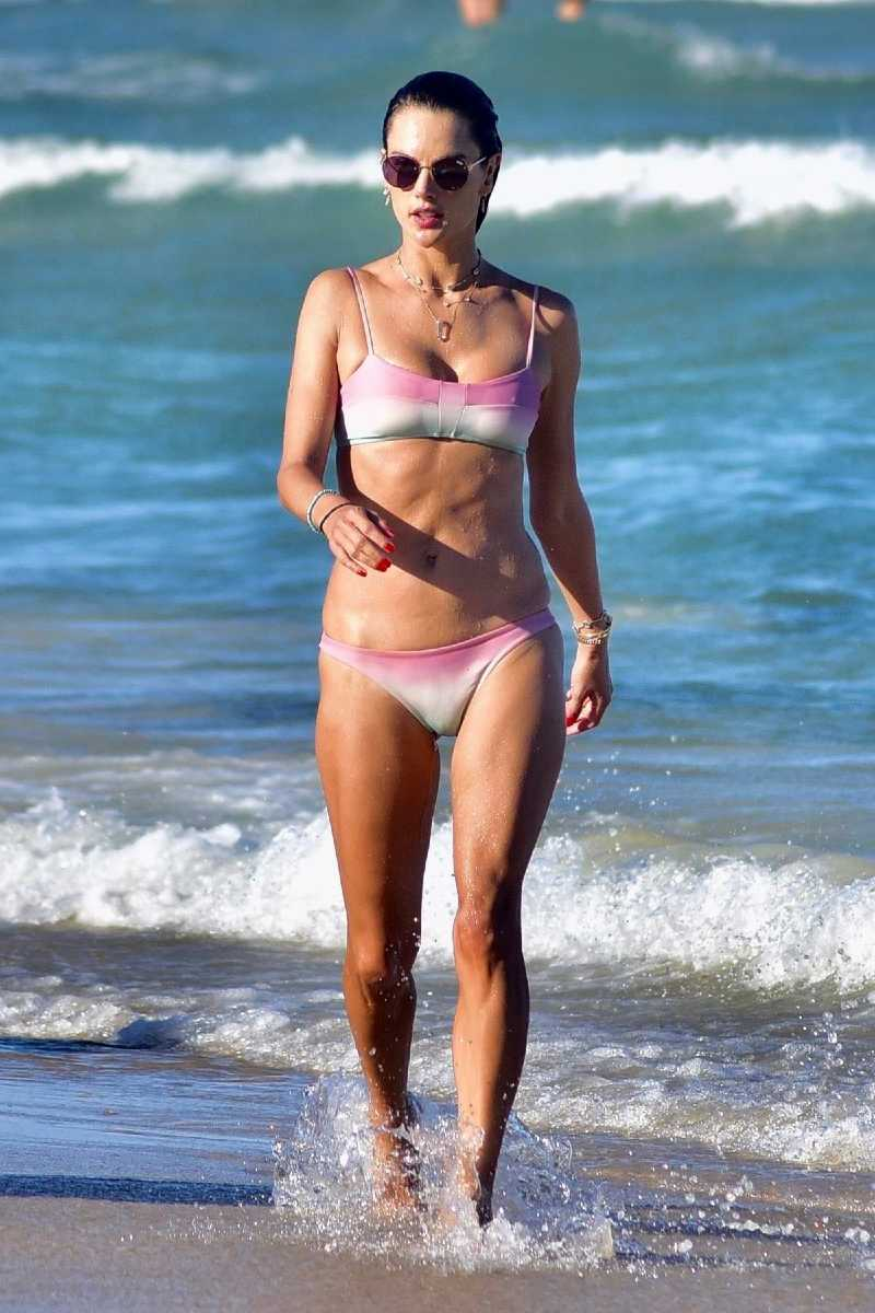 american-actress-alessandra-ambrosio-looks-amazing-in-a-pink-bikini-as-she-enjoys-another-day-at-the-beach