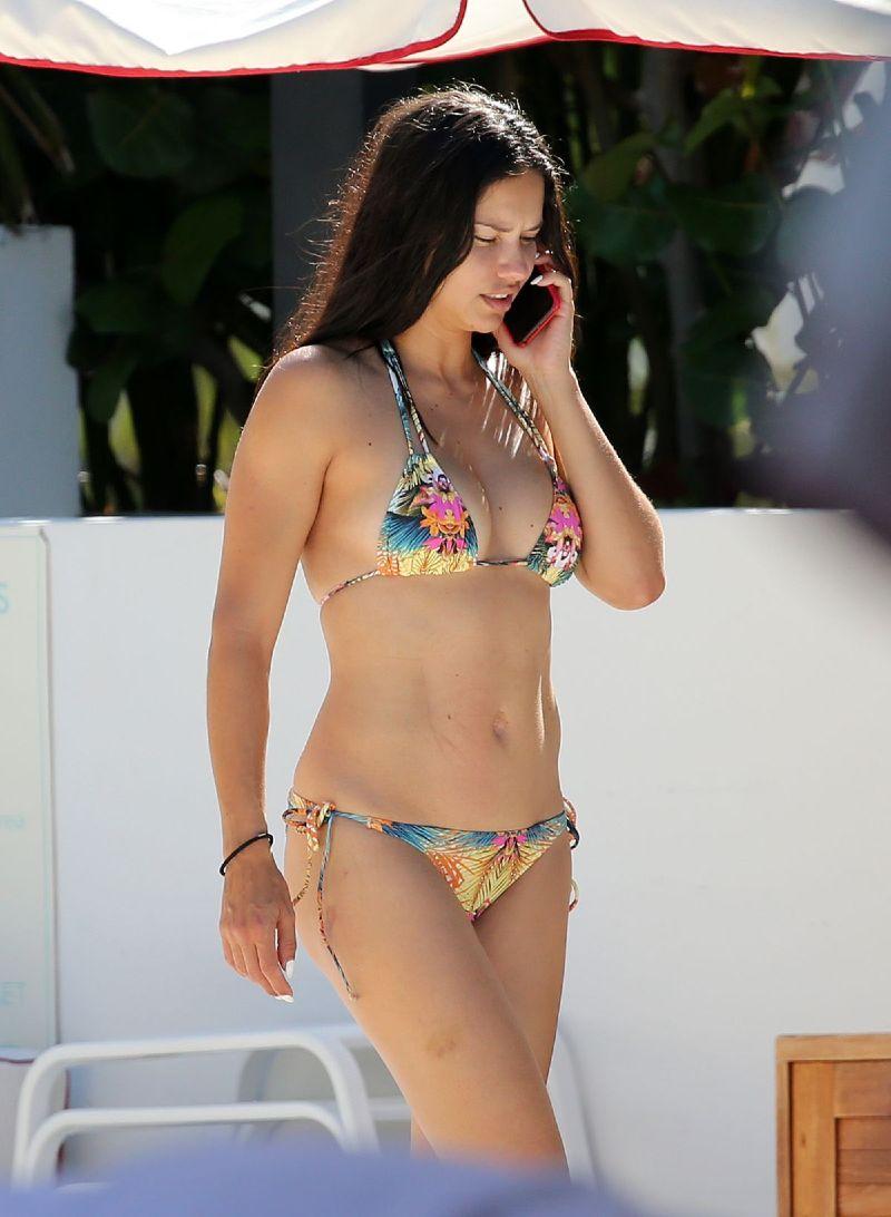 sexy-model-adriana-lima-in-bikini-at-a-beach-in-miami
